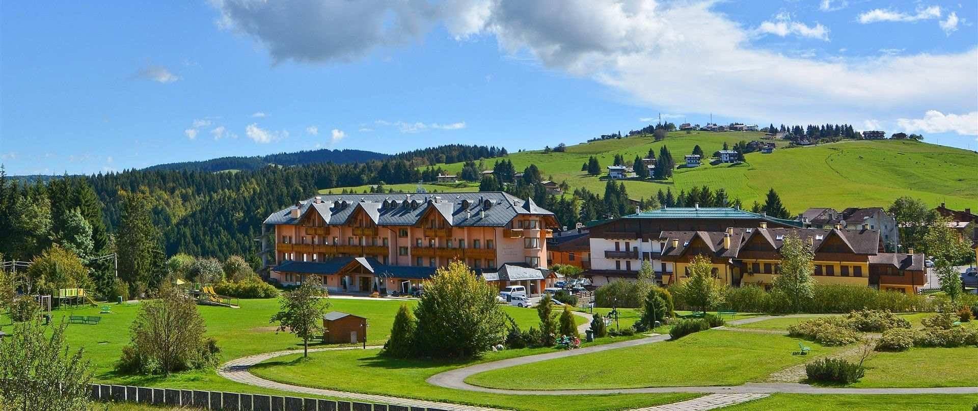 Sede di gallio nell 39 altopiano di asiago milan junior camp for Altopiano asiago hotel
