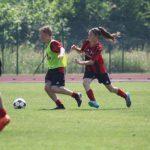 Allenamento calcio ragazzi e ragazze AC Milan Camp