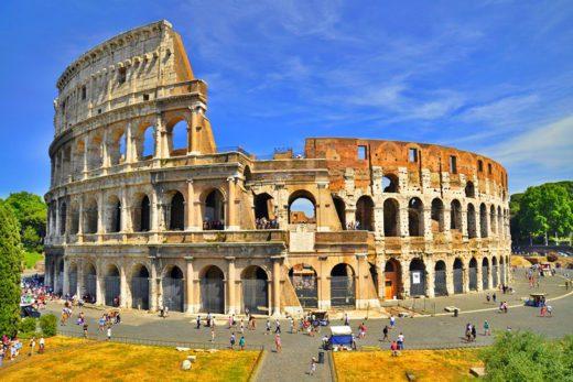 Il Colosseo, Anfiteatro Flavio a Roma, Italia